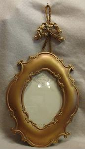 Picture of 4x6 Gold Hanging Frame #2513
