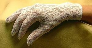 Picture of Wrist Full Hand White Lace Gloves #2411