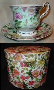 Picture of Cup and Saucer with Gift Box #1834